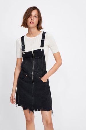 Zara Sukienka ogrodniczka jeansowa z suwakiem