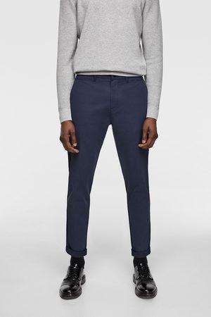 Zara Spodnie chinosy z tkaniny strukturalnej