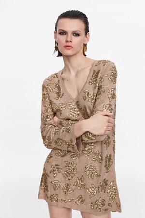 Zara Sukienka mini z haftem z limitowanej edycji