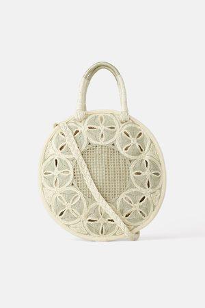 Zara Okrągła torba typu shopper z naturalnych materiałów
