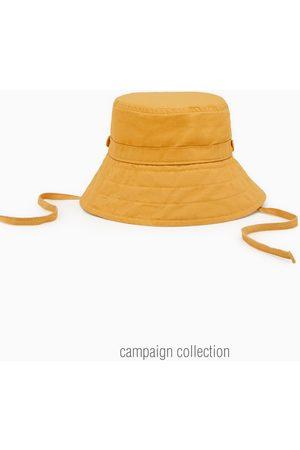 Zara Hat with ties
