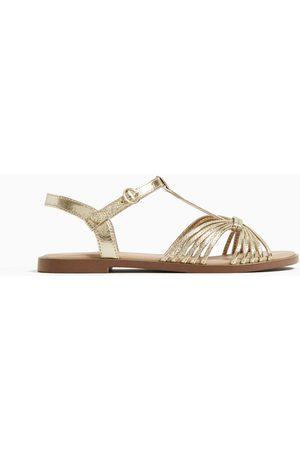 Zara Metalizowane sandały z paskami