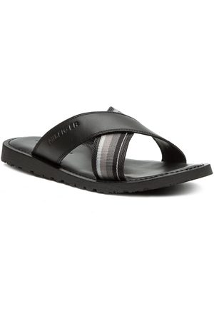 Tommy Hilfiger Klapki - Criss Cross Leather Sandal FM0FM02120 Black 990