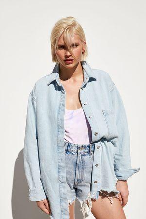 Zara Jeansowa kurtka koszulowa z kieszenią