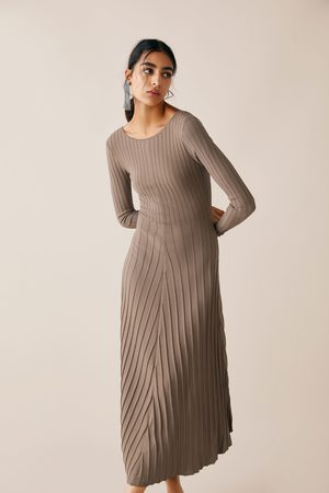 Zara Dzianinowa sukienka z limitowanej edycji