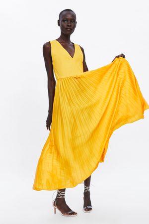 Zara Długa plisowana sukienka