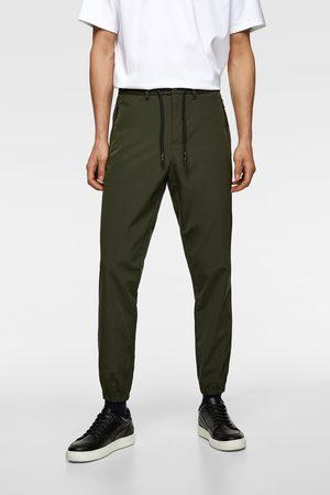 Zara Spodnie joggery z tkaniny technicznej