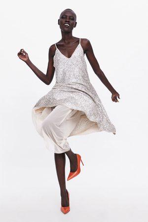 Zara Sukienka na ramiączkach wyszywana cekinami