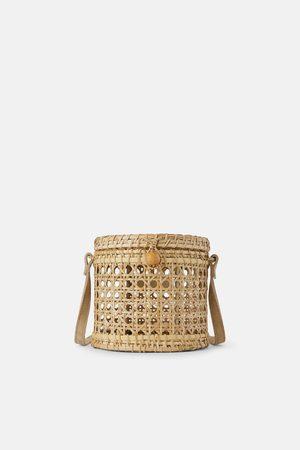 Zara Wiklinowa torebka listonoszka typu koszyk