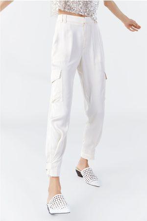 Zara Spodnie typu cargo z tkaniny satynowanej