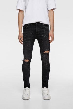 Zara Spodnie jeansowe o kroju marchewkowym z efektem plam z farby