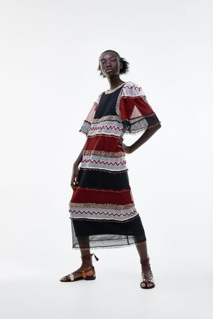 Zara Kobieta Sukienki - Sukienka z siateczki z limitowanej edycji