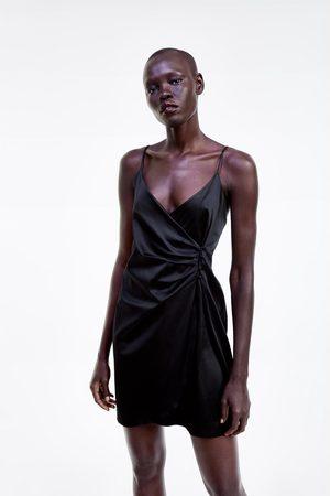 Zara Sukienka w stylu bieliźnianym z guzikami