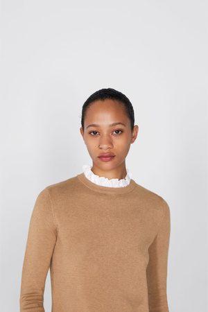 Zara Sweter z ozdobną wstawką przy szyi