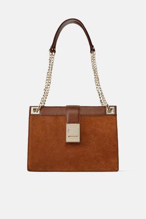 Zara Skórzana torebka listonoszka z metalowym zapięciem