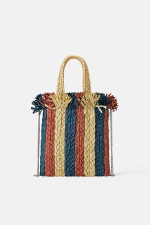 Zara Mini torebka typu shopper z naturalnych materiałów ze zdobieniami