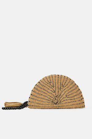 Zara Torebka listonoszka z naturalnych materiałów w kształcie półksiężyca