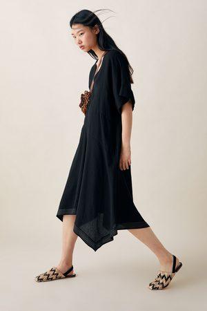 Zara Sukienka oversize z kontrastowym lamowaniem