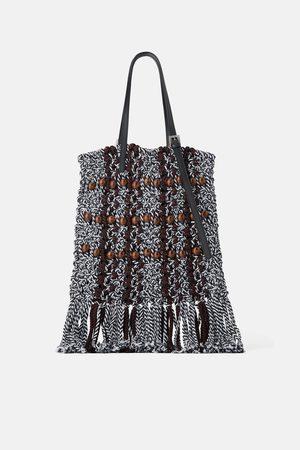 Zara Torba typu shopper z plecionki z drewnianymi koralikami