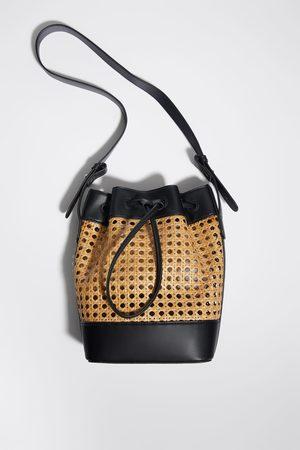 Zara Torba typu worek z plecionki