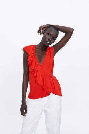 Zara Kobieta Z krótkim rękawem - Koszulka z ukośną falbanką