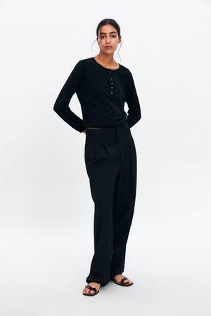 Zara Sweter z guzikami z kolekcji basic