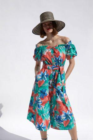 Zara Kobieta Sukienki z nadrukiem - Sukienka z nadrukiem w stylu tropikalnym