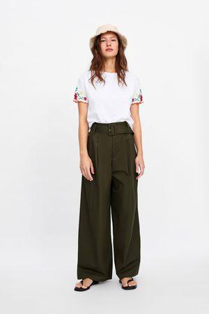 Zara Koszulka haftem na rękawach