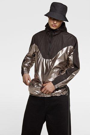 Zara Parka typu kangurka z błyszczącego materiału z torebką typu nerka