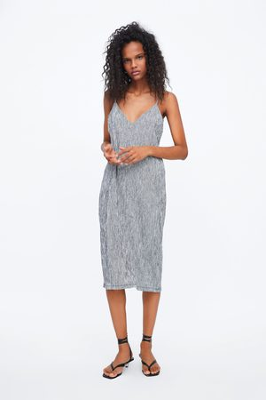 Zara Kobieta Sukienki - Sukienka z tkaniny strukturalnej na ramiączkach