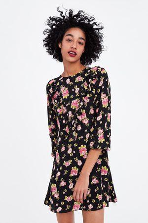 Zara Sukienka z nadrukiem w kwiaty i falbankami