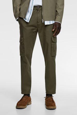 Zara Dopasowane spodnie typu cargo
