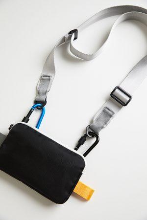 Zara Etui na telefon komórkowy z barwnymi zdobieniami