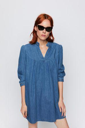 Zara Kobieta Sukienki mini - Sukienka jeansowa mini