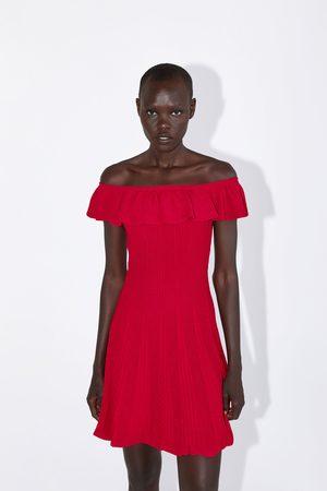 Zara Kobieta Sukienki - Sukienka z dzianiny z falbanką