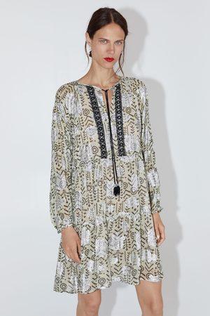 Zara Sukienka mini z nadrukiem