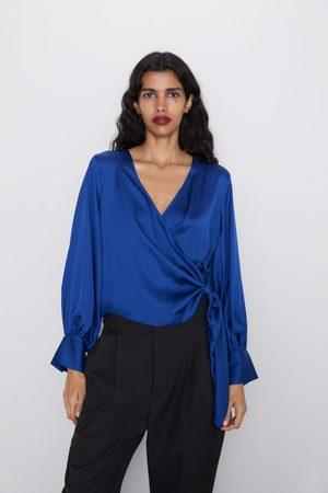 Zara Kopertowa bluzka z tkaniny satynowanej