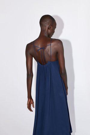 Zara Sukienka w stylu bieliźnianym z marszczeniem