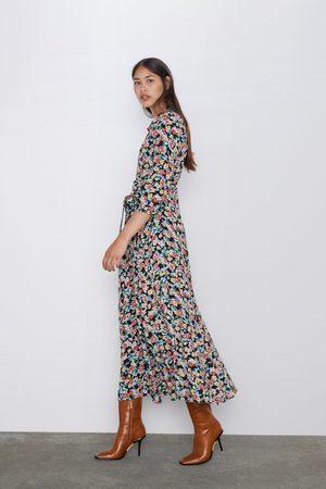 Długa sukienka z nadrukiem w kwiaty