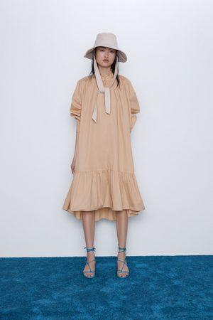 Zara Sukienka z popeliny z falbankami
