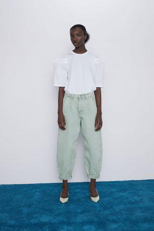 Zara Spodnie jeansowe z zaszewkami typu slouchy z kolekcji z1975