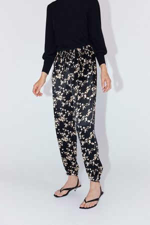 Zara Spodnie z nadrukiem w kwiaty