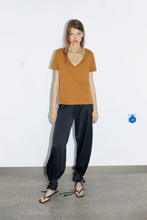 Zara Kobieta Z krótkim rękawem - Koszulka z dekoltem w serek