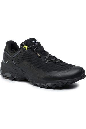 Salewa Mężczyzna Buty trekkingowe - Trekkingi - Speed Beat Gtx GORE-TEX 61338 0971 Black/Black