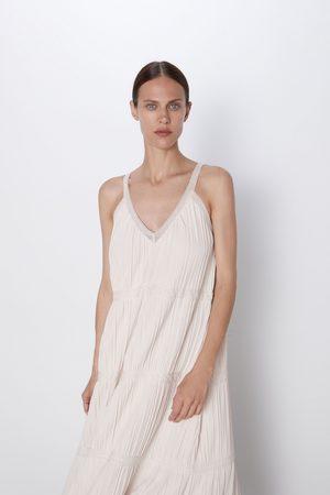 Zara Dzianinowa sukienka z koronkowymi wstawkami