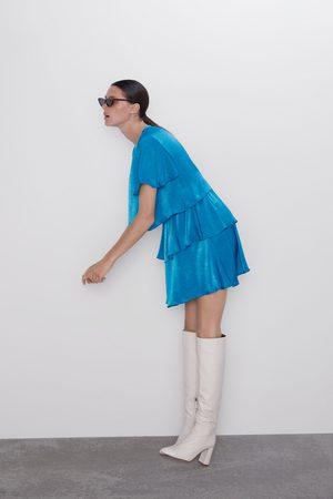 Zara Sukienka z tkaniny satynowanej z falbankami