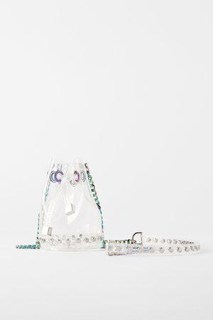 Zara Winylowa mini torebka typu worek