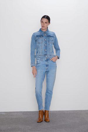 Zara Spodnie jeansowe typu mom fit z biżuteryjnymi lampasami z kolekcji z1975