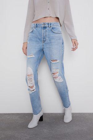 Zara Kobieta Jeansy - Spodnie jeansowe w stylu mom fit z rozdarciami z kolekcji z1975