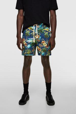 Zara Mężczyzna Bermudy - Bermudy z nadrukiem w stylu tropikalnym